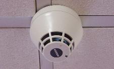 detecteur fumee monoxyde c0 gaz plafond